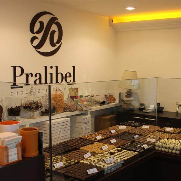 Pralibel-shop-le-beausset-inside1