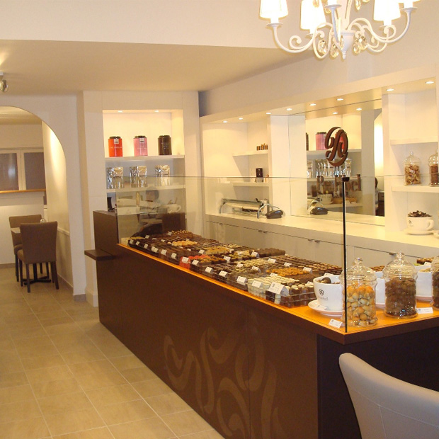 Pralibel-shop-le-lavandou-inside2