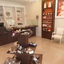 Pralibel-shop-velizy-inside2